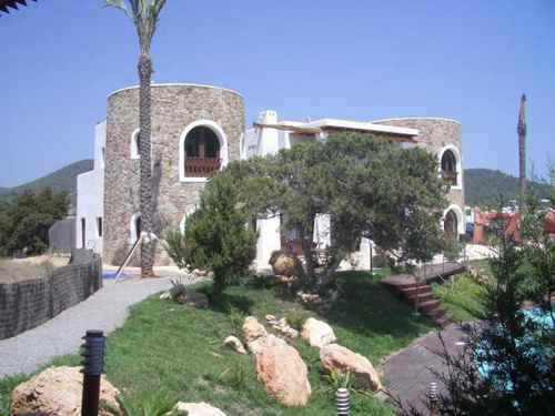 Villa Can Blue Marlin in San Jose