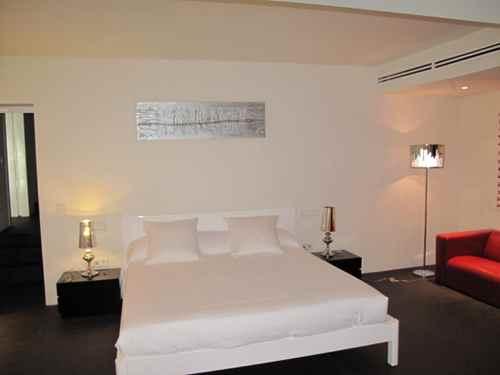Zur Vermietung Luxus Villa in Atalaia